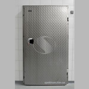 Холодильные одностворчатые распашные двери