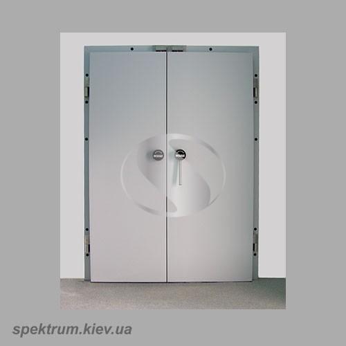 Dvustvorchatye-morozilnye-dveri