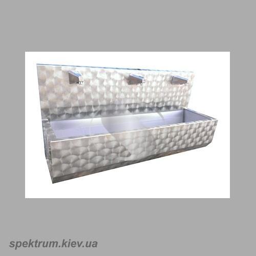 Umyvalnik-sensornyj-na-tri-sekcii