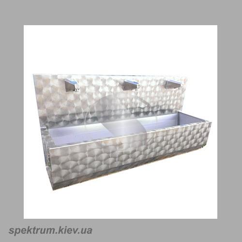 Umyvalnik-tri-sekcii-s-fotojelementom